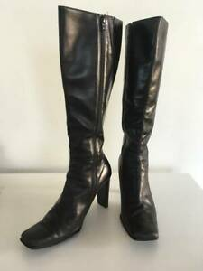 Classic women's Sachi black leather knee-high boots, size 8