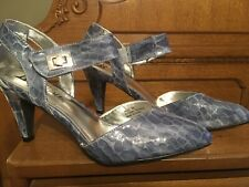 BELLINI BLUE TWO TONE WOMEN'S SHOES, PATENT LEATHER, SIZE 9
