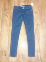 NWT Womens, Juniors Rue 21 Mid Rise Jeggings size 1/2 Short