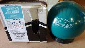 New Storm Pro Motion Tour Bowling Ball 14LB Bowling Ball I084 OVERSEAS
