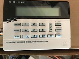 gemini alarm keypad GEM-RP1CAe2 great condition with backplate and wire harness