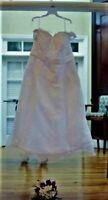 Plus size (28) wedding dress, A-line, white satin and chiffon, lace bodice