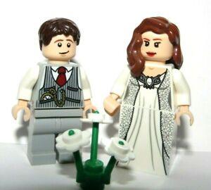 LEGO Flesh Wedding Minifigures Bride Brown Hair Groom Grey Suit Reversible Heads