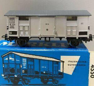 Marklin  4550.2  Boxcar with wire vents (Silver).  Italian State Railways (FS).