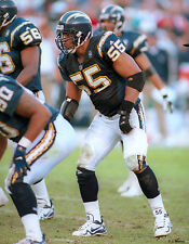 JUNIOR SEAU 2001 SAN DIEGO CHARGERS 8X10 PHOTO