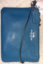 Authentic Coach 52205💥NWT💥Teal with Silver Hardware Small 4x6 Leather Wristlet