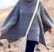 Aran sampler poncho avec glands câbles & diamants & sac assorti à tricoter