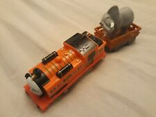 Thomas Trackmaster Nia train with truck & Elephant cargo (battery opp). New type