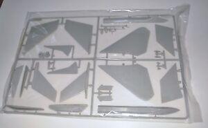 TAMIYA F-14A BLACK KNIGHTS 60313 ⭐PARTS⭐ SPRUE D-VERT FINS+STABS+MORE 1/32