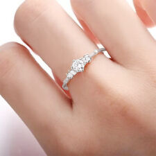 925 Silver 7 Tiny Diamond Pieces of Exquisite Small Fresh Womens Engagement Ring