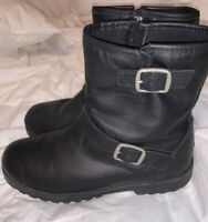 UGG BRYCE Black Leather Buckle Ankle Boots Size 6