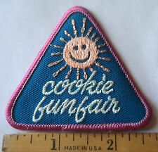 Vintage Girl Scout 1989 COOKIE SALE PATCH Fun Fair Smiling Sun Selling Award