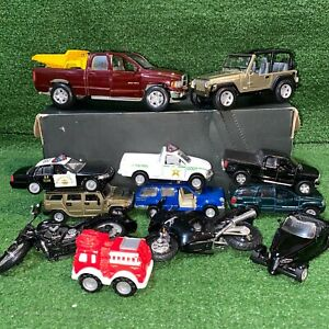 Lot of 13 Maisto Diecast Toy Cars Dodge Ram 1500 Jeep Wrangler Hummer Plymouth