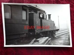 PHOTO  ISLE OF WIGHT  RAILWAY - CLASS O2 LOCO NO W26 WHITWELL AT RYDE ST JOHNS 1