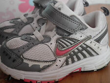 Chaussures fille-taille 4, NIKE (104)