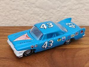 1961 #43 Richard Petty Plymouth Fury 1/64 NASCAR Diecast Loose