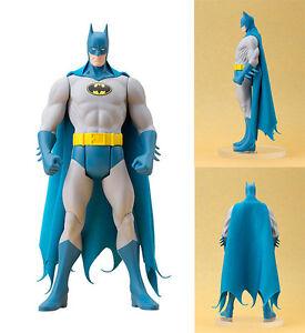 DC Comics - Batman Classic Costume Artfx+ Statue