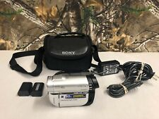 Sony Dcr-Dvd610 Handycam Dvd Mini Camcorder Video Camera + 2 Batteries & Case