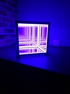 "Table lamp Color ""hypercube"""
