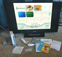 Nintendo Wii White Console Bundle Complete w/ Box Wii Sports Game Included EUC
