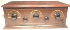 vIntage* STEWART-WARNER MODEL 300 BATTERY RADIO - Attractive Front w/ BRASS TRIM