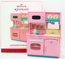 2013 A KITCHENETTE FOR CHRISTMAS NEW Hallmark Pink Stove Oven Microwave Ornament