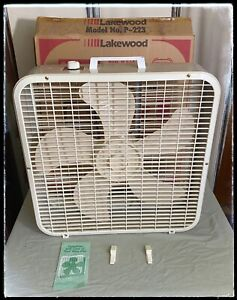 Original Vintage Metal Box Fan Lakewood P-223 3 speed 20'' Manual Feet Works