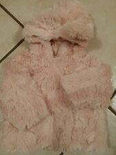superbe manteau tt doux avec capuche oreilles T 6 mois comme neuf