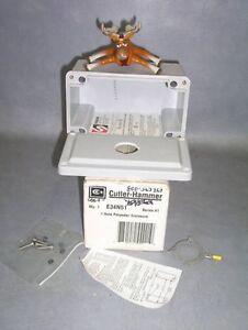 Cutler Hammer 1 Hole Pushbutton Enclosure E34N51
