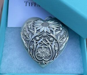 Tiffany & Co Sterling Silver Ziegfeld Daisy Large LG Heart Photo Locket Pendant