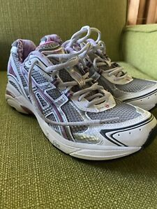 Preowned Women's Asics GT-2130 Size 10 In Incredible Used Condition.