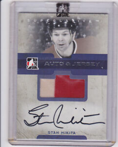 06 IN THE GAME SUPERLATIVE STAN MIKITA AUTO JERSEY SILVER VERSION 30 MADE