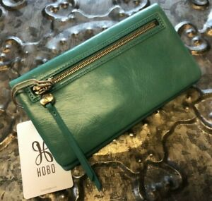 HOBO INTERNATIONAL~Lumen Clutch Wallet~SEAFOAM~GORGEOUS~NEW WITH TAGS~$98.00