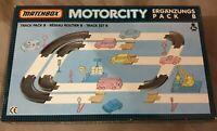Matchbox Motorcity Ergänzungs-Pack B Schienen Set - Track Pack / Kurven - Ovp