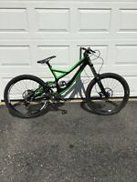 2013 Specialized Demo 8  FSR Size Large Excellent Condition