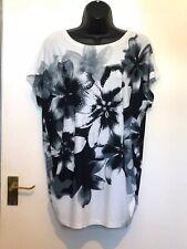 Quiz Black White Floral Sparkly Top Size 14