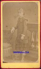CDV jeune fille vers 1870 photo non signée fillette demoiselle