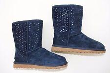UGG Australia Navy Classic Short Flora Perf Boots Size US 5   1010287