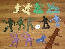 Vintage Toy Plastic Figures THIRTEEN Cowboys Indian Soldiers Astronaut