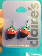 One Pair Of Claire's Chocolate Covered Strawberry With Googly Eyes Earrings