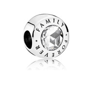 "💎NEW Pandora 925 sterling silver charm ""family forever""  👨‍👩‍👧‍👦"