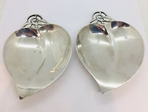 """Tiffany & Co. Pair Antique Sterling Silver Large Leaf Dishes 252.7 Grams 6"""""""