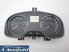Skoda Fabia 5J Tacho Kombiinstrument Diesel 99T Km 5J0920811D (57)