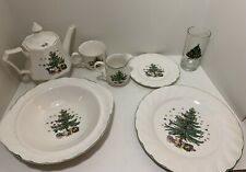 Nikko Christmastime Dinnerware Full Set Serving Of 8. 35 Pieces In Total