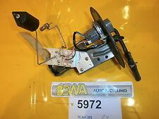 Pompe à essence toyota corolla e11 Bj. 98 Nº 5972/e