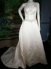 DESIGNER FAIRYTALE WEDDING GOWN SIZE 10 IVORY PRINCESS BALLGOWN STRAPLESS FANCY