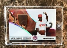 Ryan Howard Fielders Choice Baseball Card w Player-Used Glove, issued by Topps
