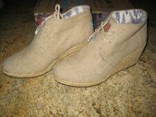 $84 Toms Desert Wedge Natural Burlap Booties Espadrille Tan Shoes Size 7.5