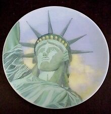 Fenton Glass Statue Of Liberty Close Up 100th Ann Plate Designer Series MIB