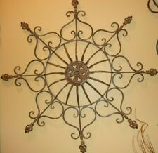 Wrought Iron Metal Scroll Fleur de Lis Medallion Antique Wall Decor Art